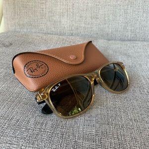 Brown Ray-Ban Wayfarer Sunglasses